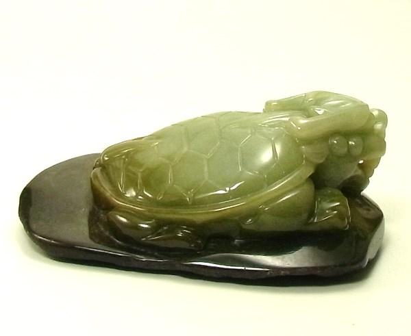 画像3: 翡翠飾り物(龍亀)